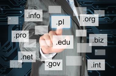 Jak wybrać najlepszą domenę internetową dla kancelarii?