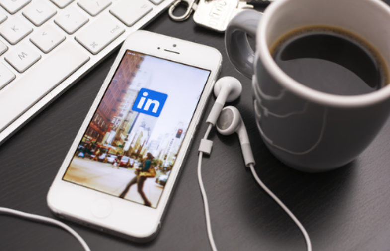 10 funkcjonalności LinkedIn przydatnych w promocji kancelarii
