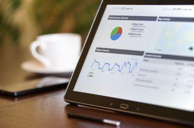 Jakie narzędzia e-marketingu są najbardziej skuteczne na rynku usług prawniczych?